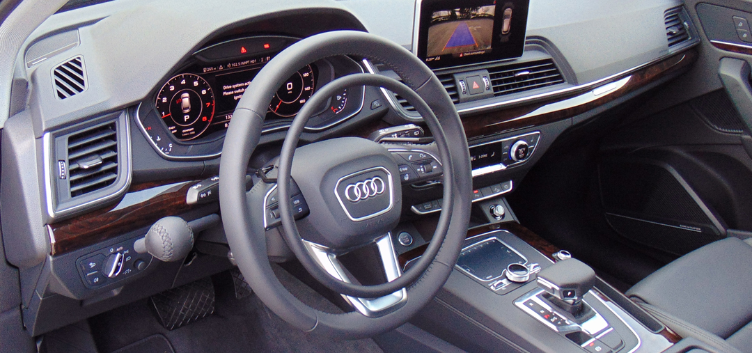 Audi Q5 with hand controls by Kempf