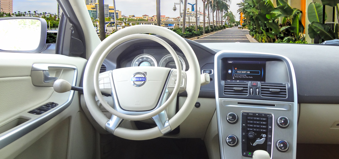 Volvo XC60 for driver with disability with handcontrols by Kempf